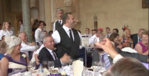 Book opera singing waiters